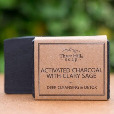 THS-117-three-hills-soap-sügavpuhastav-seep-muskaatsalvei-ja-aktiivsöega-activated-charcoal-soap-with-clary-sage