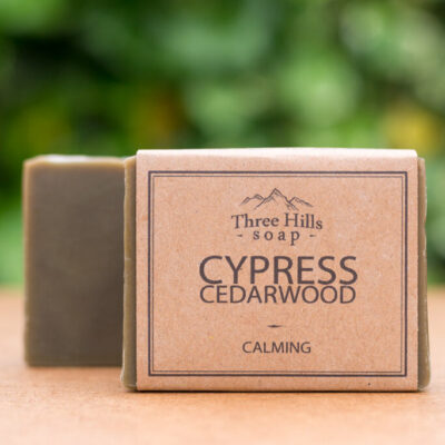 THS-109-three-hills-soap-rahustav-küpressi-seedriseep-calming-cypress-cedarwood-soap