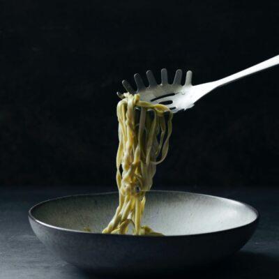 160670011-nicolas-vahe-pastalusikas-pasta-spoon-daily