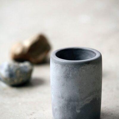205380101-house-doctor-tsemendist-hambaharjatops-cement-toothbrush-cup