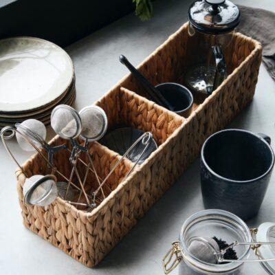262240202-house-doctor-vesihüatsindist-väike-hoiustamiskorv-water-hyacinth-storage-basket-small