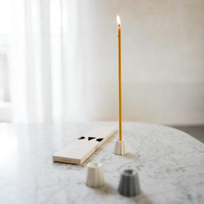 BCS-ovo-things-peenikesed-mesilasvahast-küünlad-slim-beeswax-candles