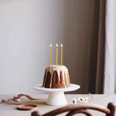 OVO-things-mesilasvahast-sunnipaevakuunlad-beeswax-birthday-candles