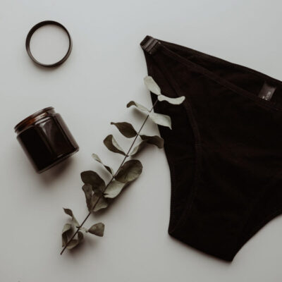 rocking-undies-külgedelt-avatav-aluspesu-bikini-menstrual-underwear