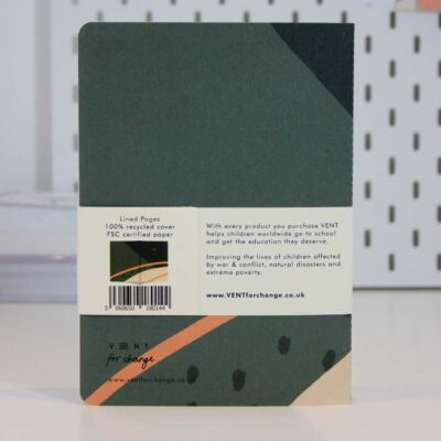 v-014-VENT-for-Change-jooneline-jätkusuutlik-märkmik-A5-Notes-roheline