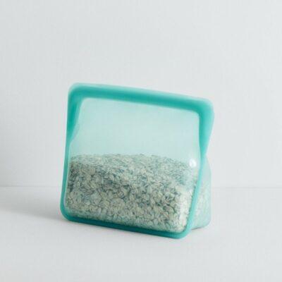 Stasher-silikoonist-pustiseisev-kott-stand-up-mid-bag-aqua