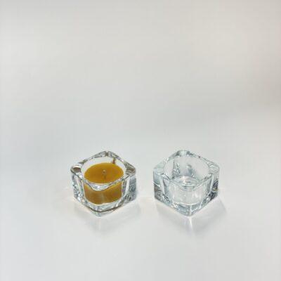 klaasist-teekuunla-umbris-alus